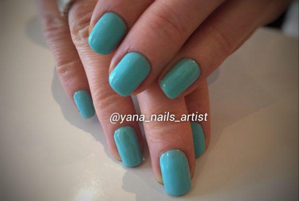 081916_blue_hands